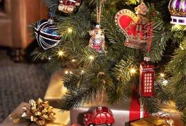 С Новым годом и Рождеством! Принимайте подарки :)